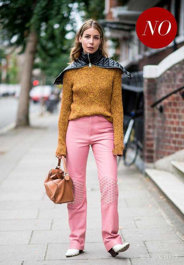 有没有适合梨形身材百搭的裤子,秋冬必备的,除了小黑裤,我真不知道穿图片