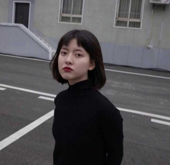 有哪些适合女生微信使用的头像?