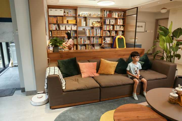 装修将客厅,餐厅,书房三合一可行吗?