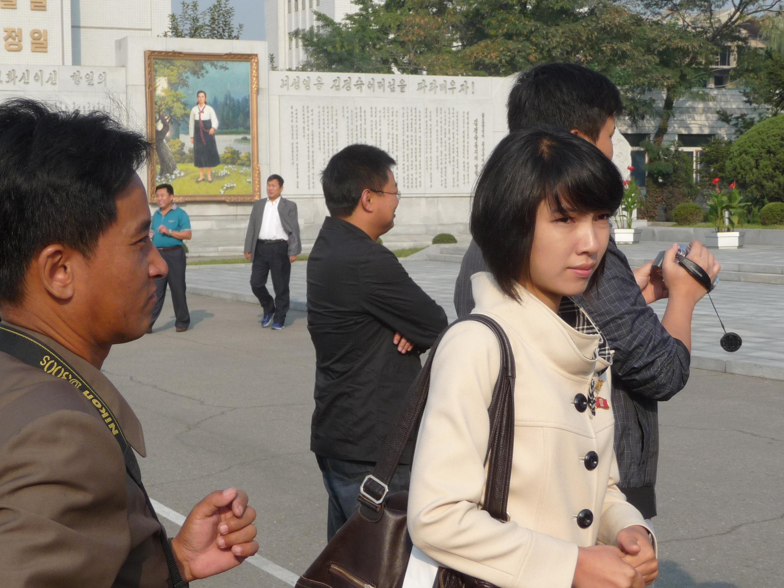 朝鲜 北风 什么/中朝友谊塔,朝方在此卖花束。20元一束,循环使用。...