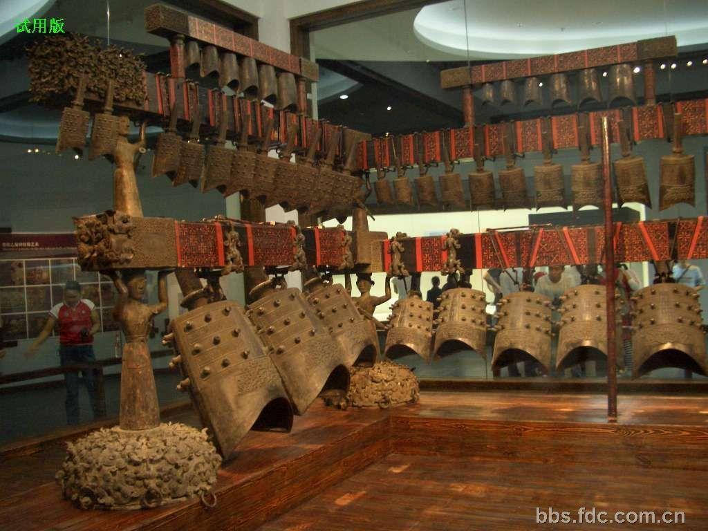 叶馨/小补充一下吧~湖北省博物馆自称镇馆之宝有三件。...