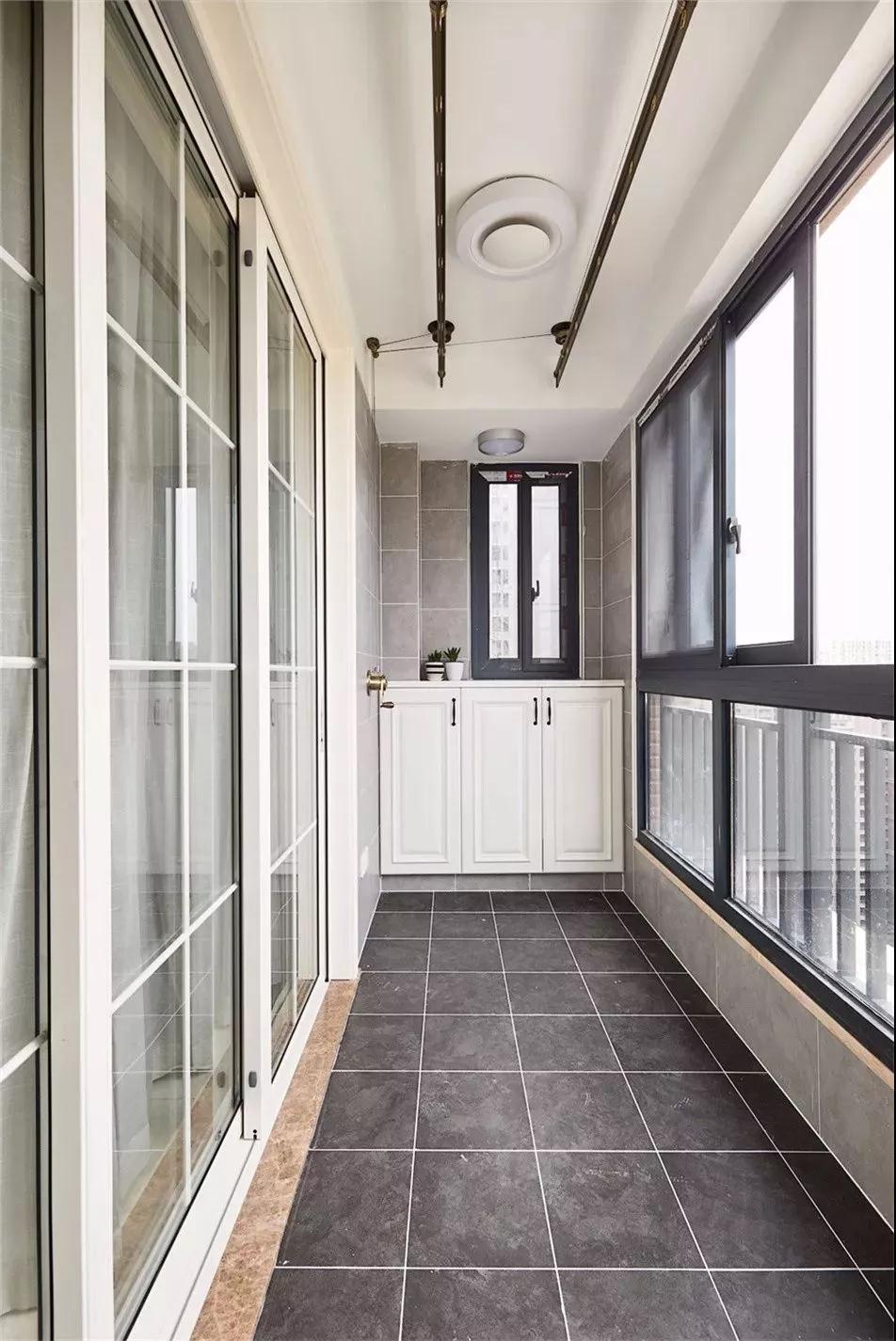 封闭式阳台怎样设计才能好看又实用?看看别人家的吧