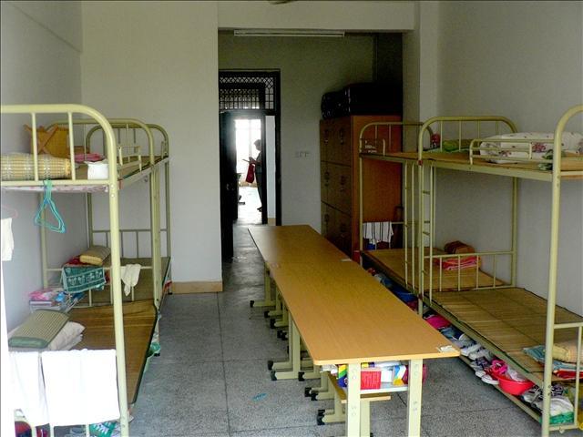 中国各地高中生的生活有区别?-温粥的回高中聋哑学校图片