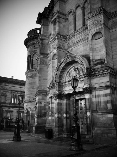 爱丁堡大学地理位置以及环境介绍
