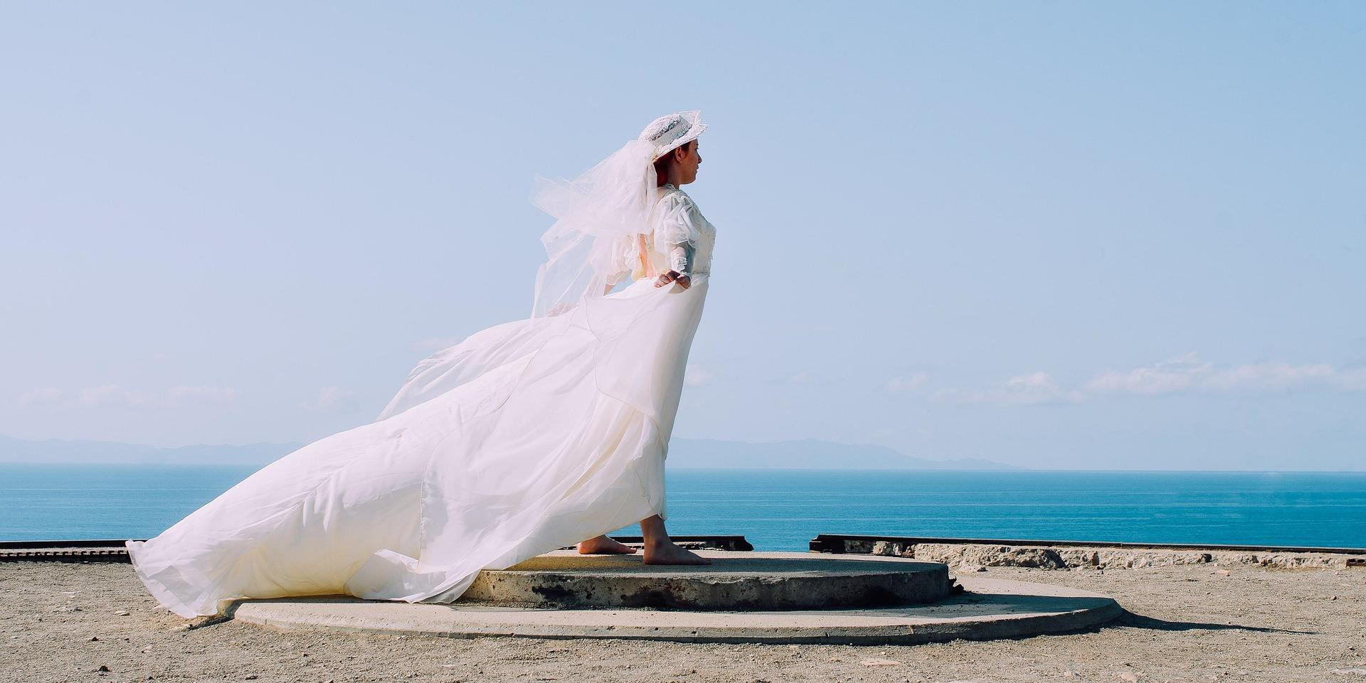 白色婚纱是如何开始流行的?