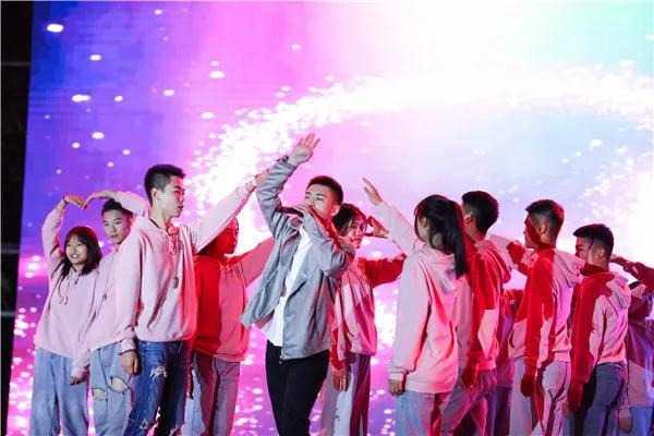 争霸之夜!青岛航空科技职业学院2020校园歌手大赛总决赛精彩来袭