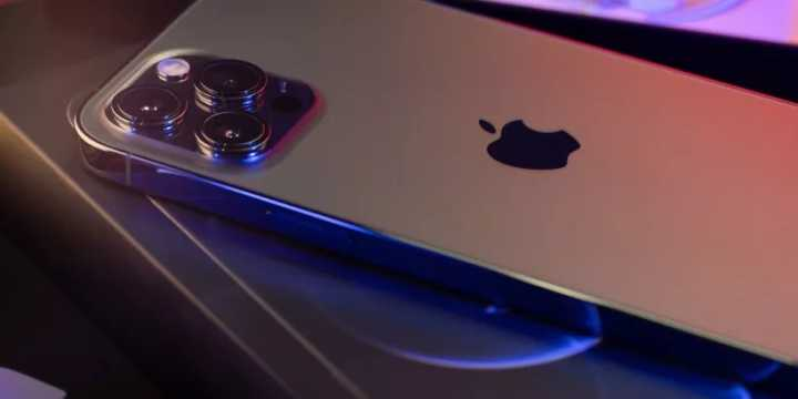 iOS15、A15:买苹果iPhone 13 pro max好还是iPhone 12比较好?