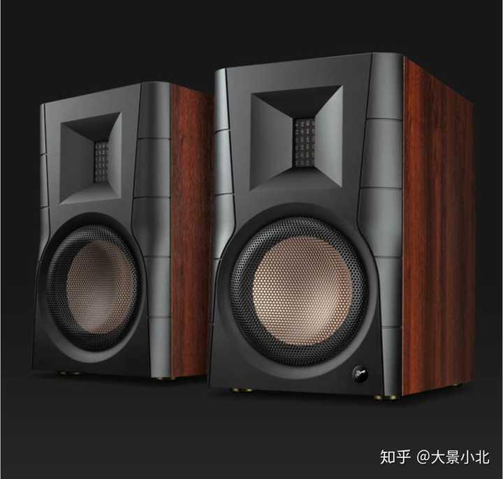 2500内是惠威D300 还是丹拿music3 ?