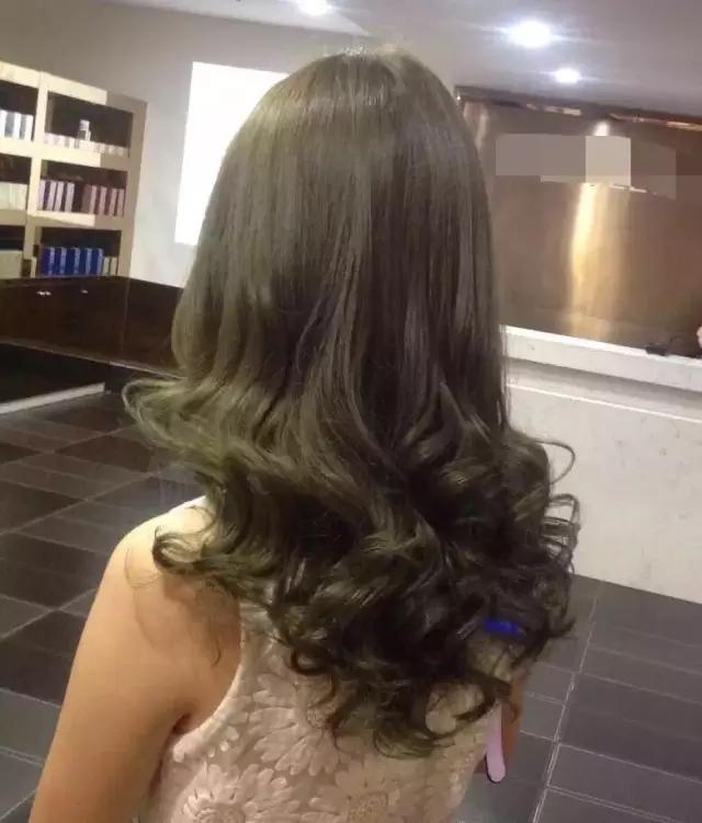 浅亚麻青色头发图片_漂染头发是怎么样的一种体验? - 知乎