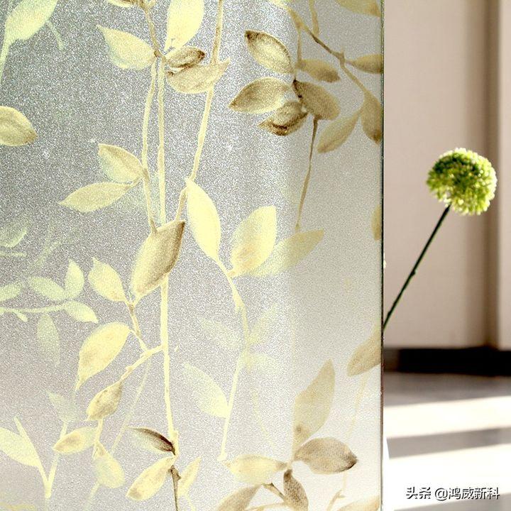 如何清理玻璃上的玻璃纸(残胶清理不干净怎么办)插图(2)
