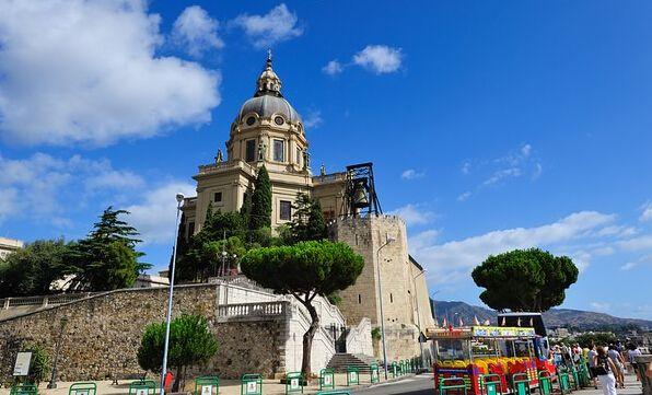 意大利首都是哪个城市(意大利哪里最好玩呢)
