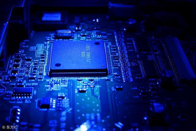 龙芯胡伟武:美国若不卖芯片给中国 大量的科技公司撑不了一个月