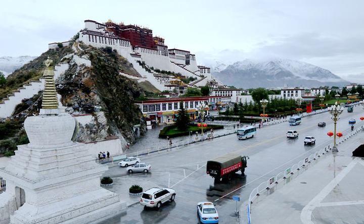 拉萨属于哪个省(为什么西藏的首府是拉萨呢)