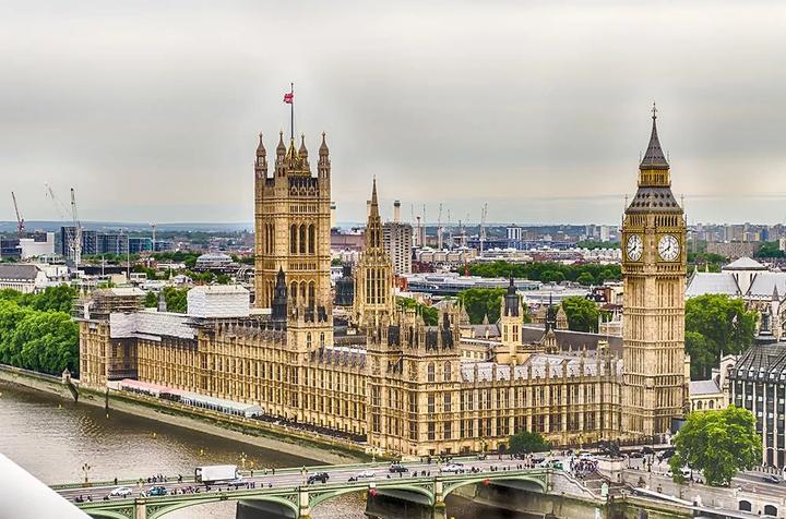 留学费用丨2019TIMES全球留学费用排行榜,美国最贵,第二不是英国
