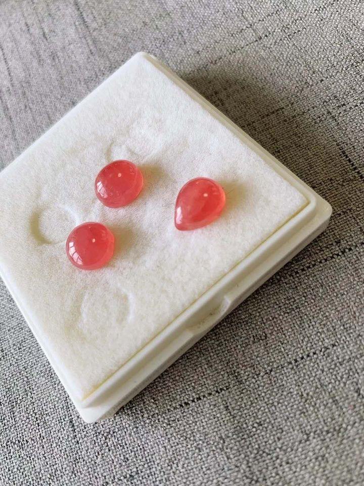 红纹石的功效与作用(红纹石是普通的珠宝吗)插图(10)