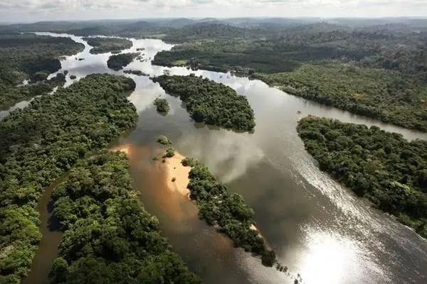 巴西属于哪个洲(巴西的地理位置好吗)