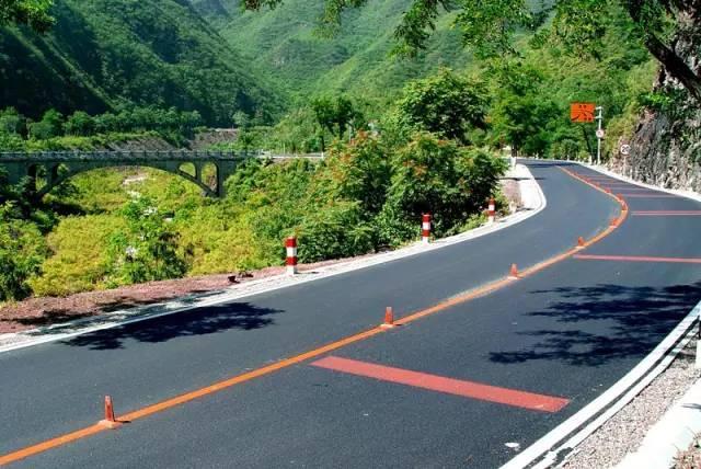 北京周边有哪些经典自驾游路线?