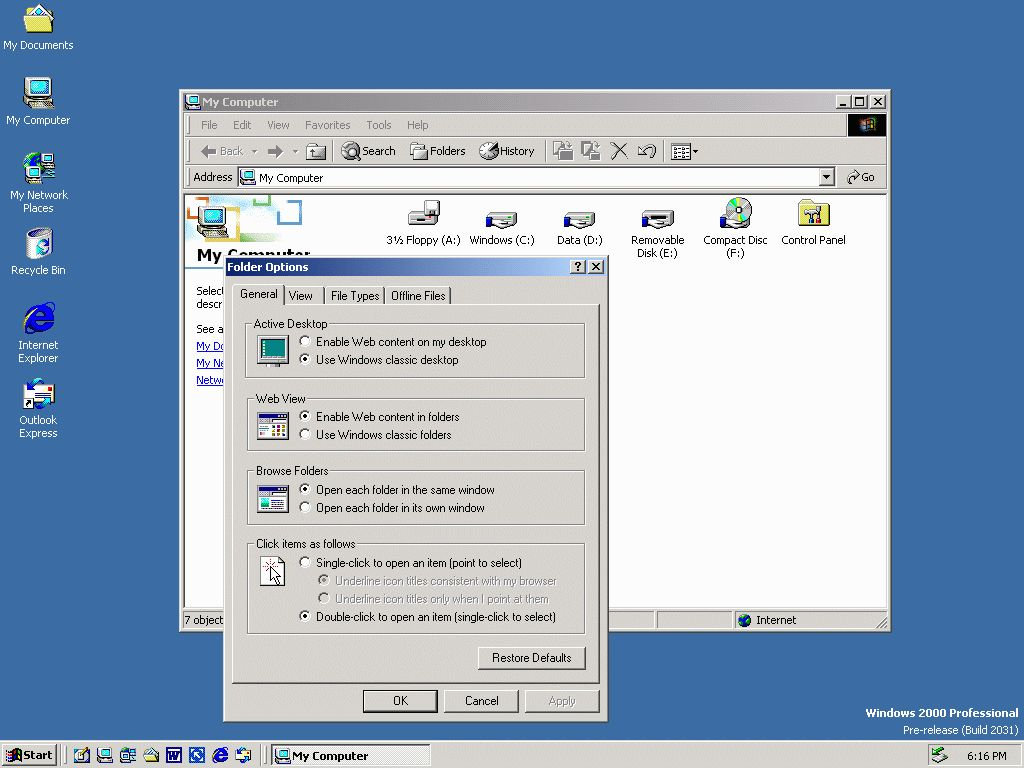 a comparison of windows 98 and windows 2000 3 main differences between windows 98 & windows 95 1 user interface (gui) 2 device drivers 3 networking support (specifically the internet) however, i have to agree with triton1.