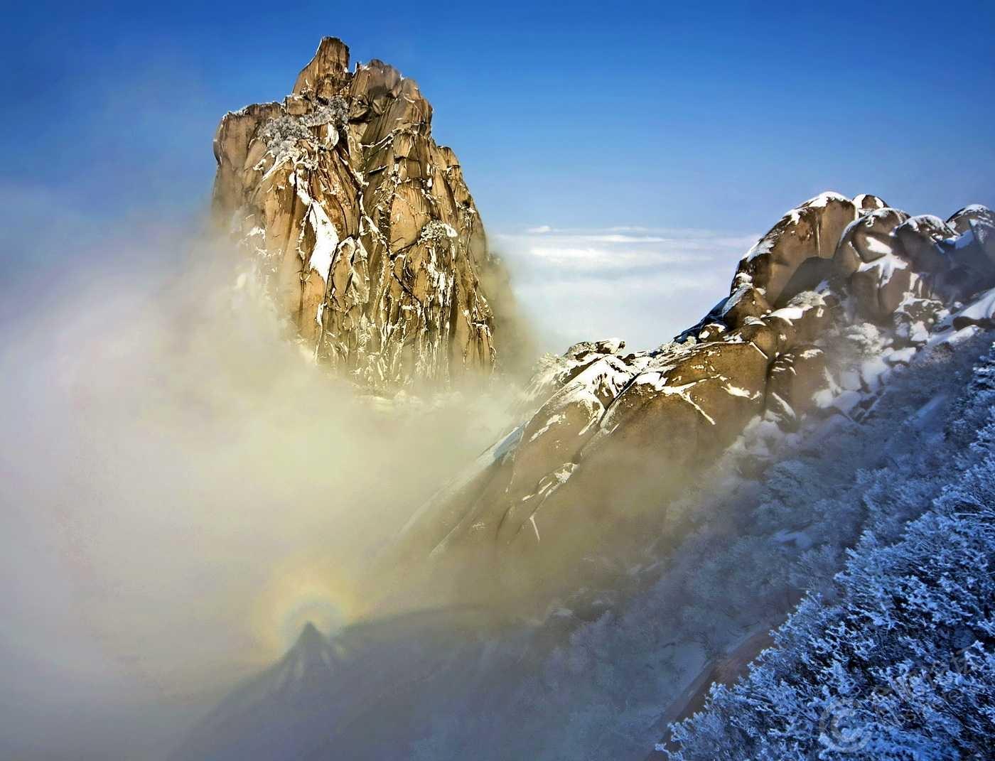 天柱山在哪_哪座山最有可能是神话里的不周山? - 知乎