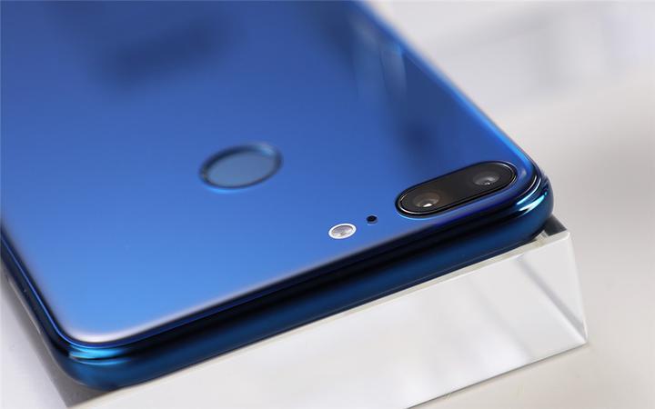 荣耀手机<a target=_blank href='http://www.dghoppt.cn/'><b>电池</b></a>