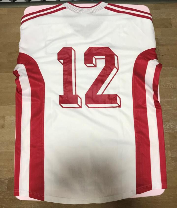 首秀:国足20年队服收藏之一(98-99)