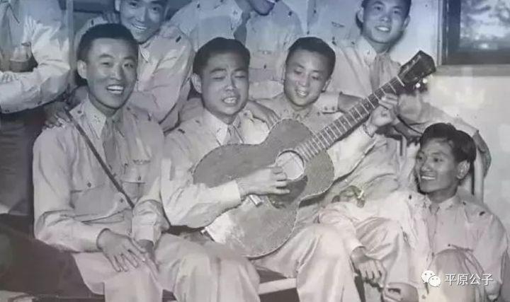 1700个年轻人慷慨赴死,宋美龄却吞了中国空军的军费