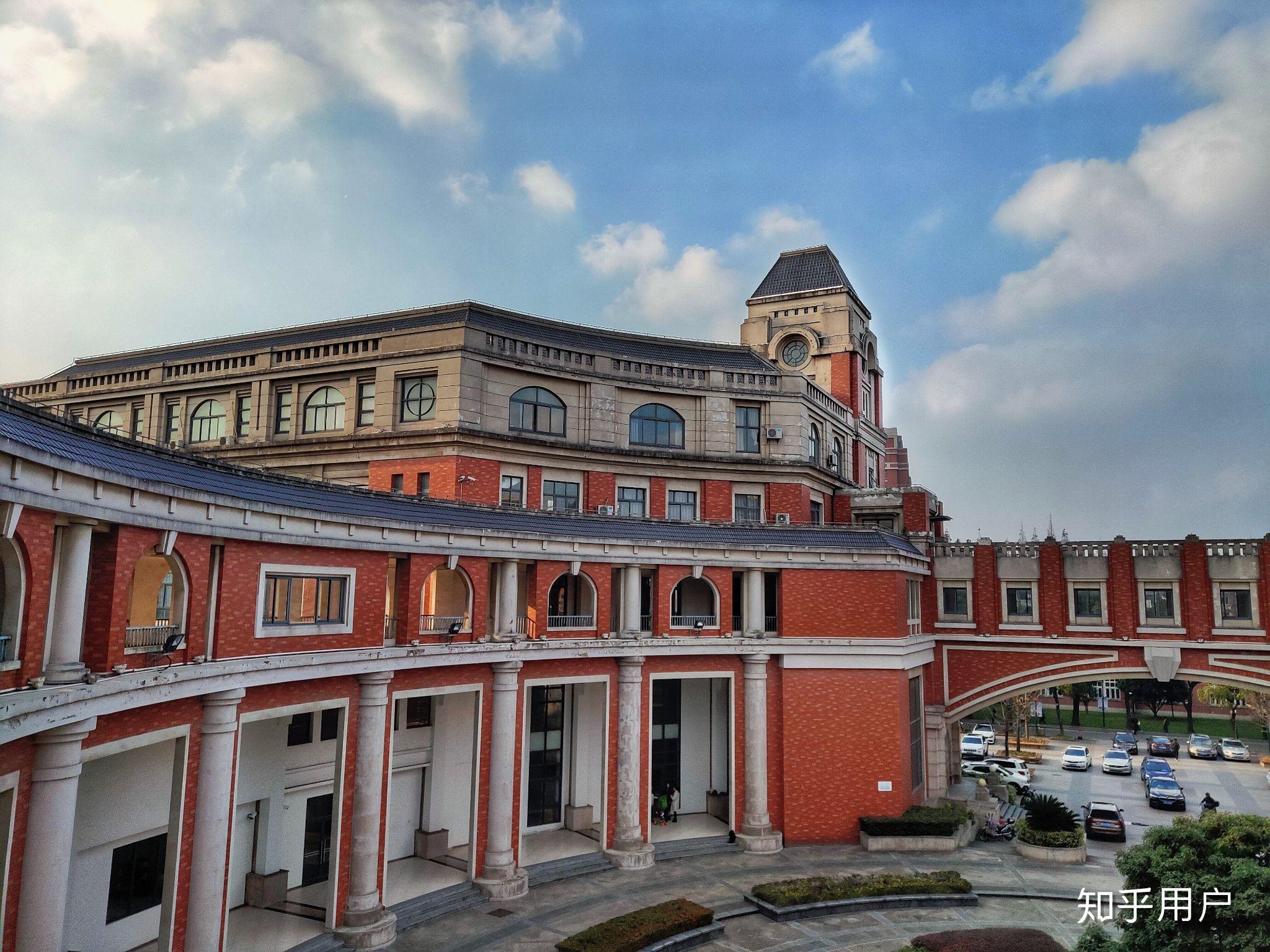 上海交大校园_上海理工大学的校园环境如何? - 知乎
