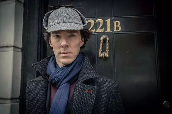 """BBC版""""卷福""""为何如此迷人?腐国历经百年、用了N代福尔摩斯才将他炼成……"""