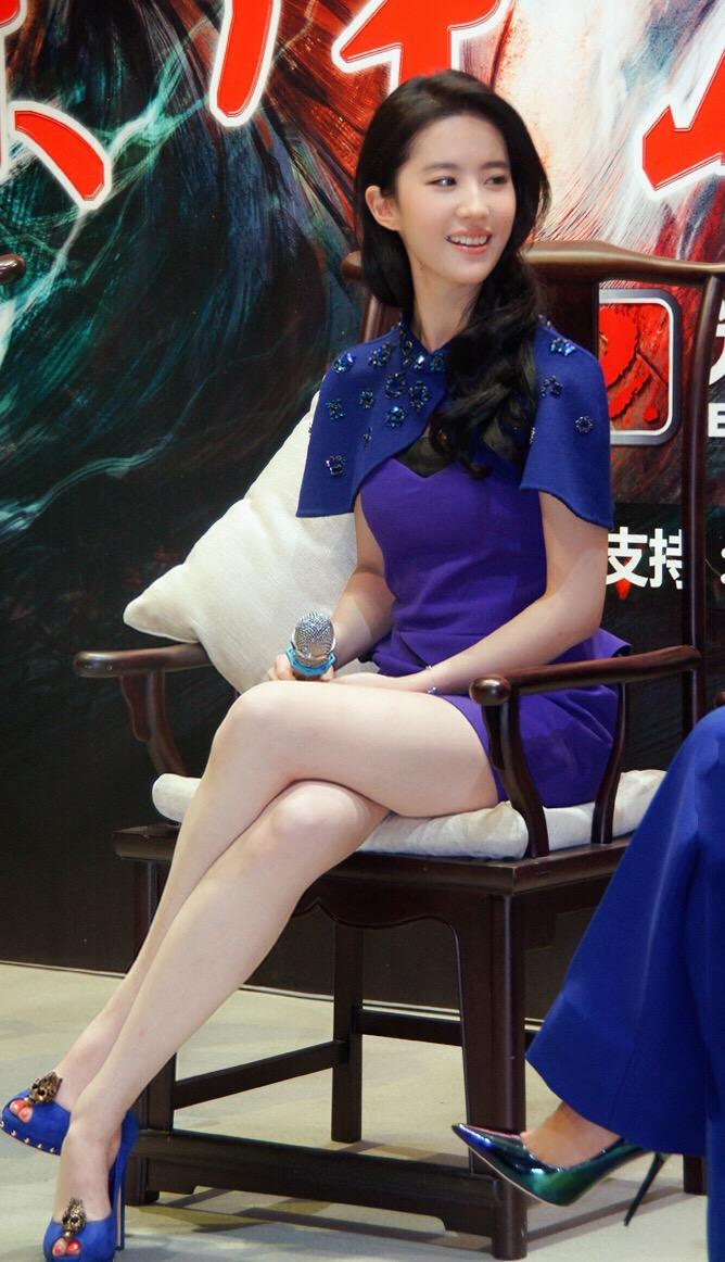 刘亦菲素颜照_刘亦菲有哪些美丽的图片? - 知乎