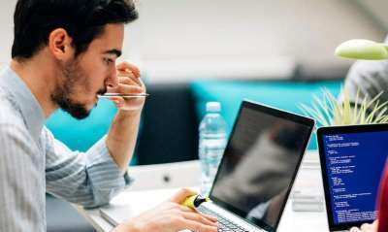 互联网行业有哪些职业能够业余兼职、远程工作和自由工作,以及如何实现