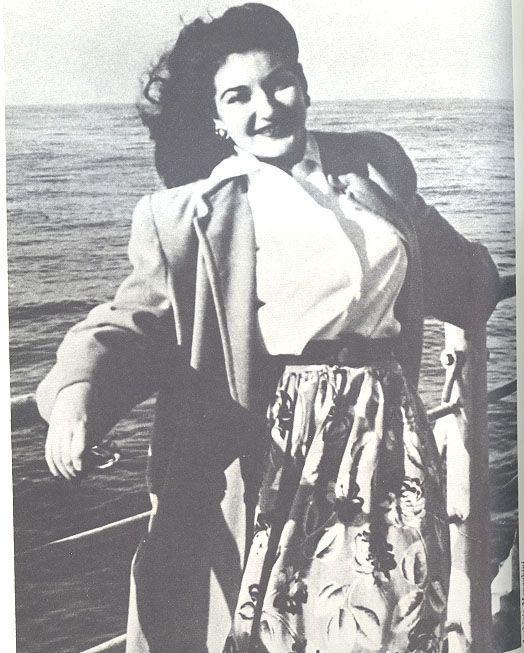 纪念一颗璀璨的流星——玛丽亚·卡拉丝逝世40周年