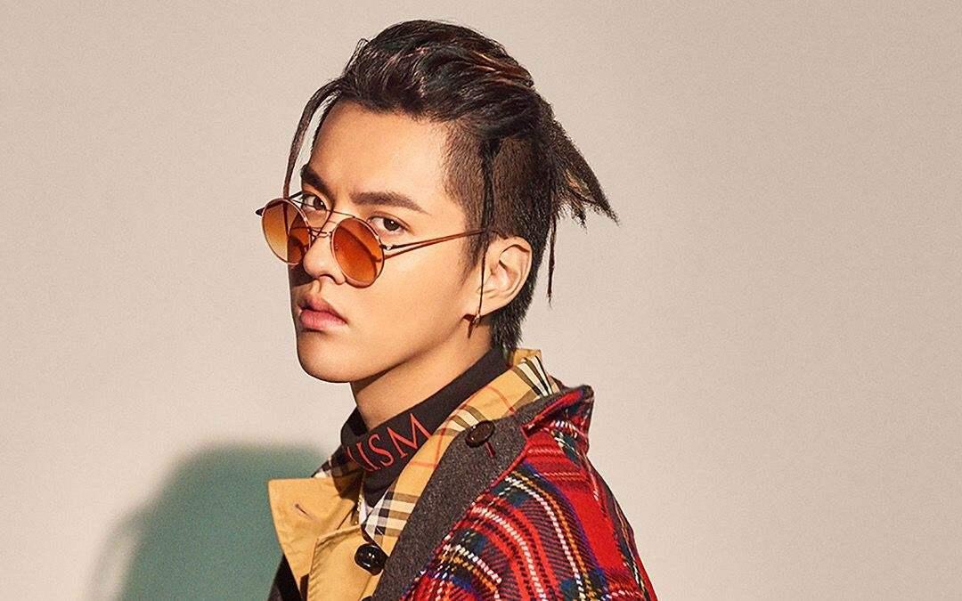 """令外国人惊呼""""Who is Kris Wu?""""的吴亦凡,新歌到底怎么样?"""