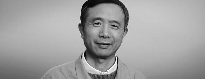 他以杨曦光之名入狱十年,涅槃归来以杨小凯之名响誉世界经济学界,成为最接近诺奖的华人经济学家