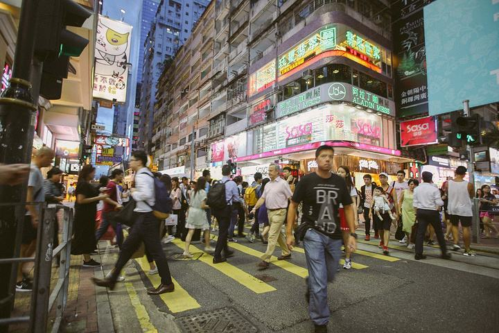 在香港申请香港商务签证费用多少,需要满足什么条件。