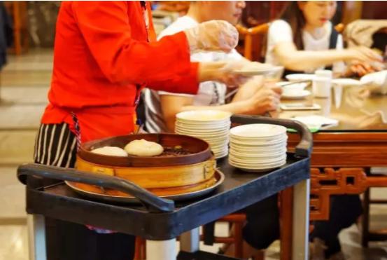 一只会动的蟹黄大汤包,两条菜场鲜河豚,三碗香喷喷的肉馄饨
