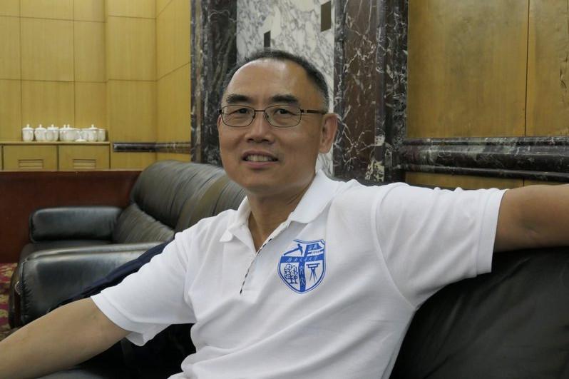 机器之心专访杨强教授:联邦迁移学习与金融领域的AI落地