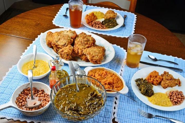 纽约大学食堂提供种族歧视食品,主厨被开除