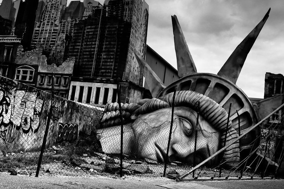 美国的内部矛盾和衰败【时事哲学】