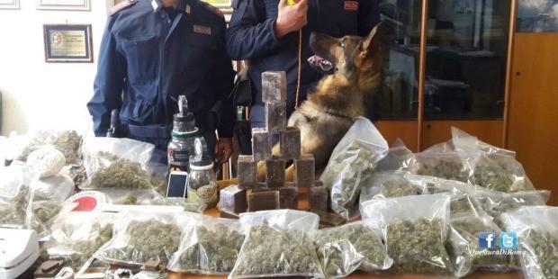 中国 罗马/当然带来的东西里还有大麻,甚至是海洛因
