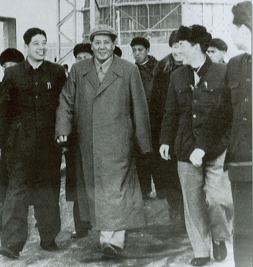 沉浮 60 年——民族汽车品牌红旗发展史(上)