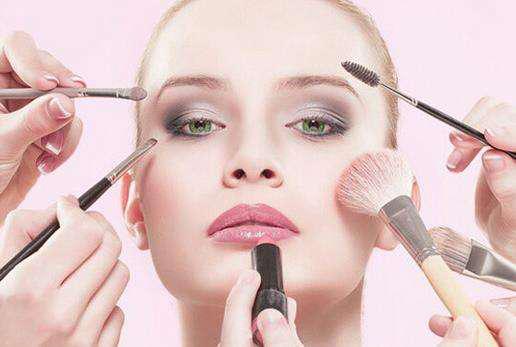 为什么化妆后皮肤变差?因为4个坏习惯,看了就知道了!